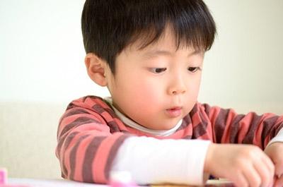 【12月】がテーマの子ども向け塗り絵イラスト特集